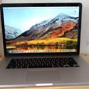 Macbook PRO RETINA Early 2013 INTEL Core I7 2.4 GHz Ukuran 15 Inch RAM 8GB SSD 256GB