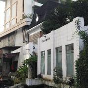 Sewa Kios/Ruko Lokasi Sangat Strategis Di Cihampelas Bandung