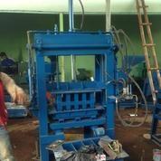 Mesin Paving Block Hydrolic Ciluengsi