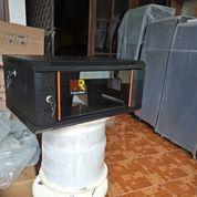 "HaganeRack - Wallmount 19"" 4U Depth 450mm List Orange"