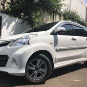 Toyota Avanza Veloz 1.5 White 2013