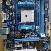 Mainboard FM1 DDR3 Merk Gigaybte Lengkap Backpanel
