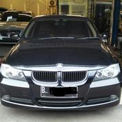 BMW 320i 2.0 E90 A/T 2008 Good Condition
