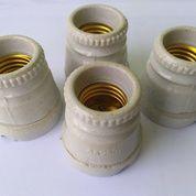 Fitting Lampu Porcelain Lama NOS
