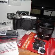 Camera Canon Eos M6. 99,% Baru