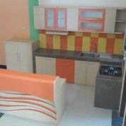 Kitchen Set Dan Minibar (Key)