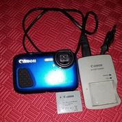 Canon Powershit D30 Underwater Camera