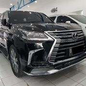 Lexus LX570 2016 (Mei) Black On Black KM11.216
