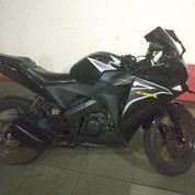 Honda CBR 150 RC 2011 Black Mulus Banget