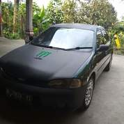 Ford Laser Ghia 1.6 Tahun 1996