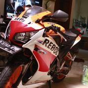 Honda CBR 150R REPSOL Edition K45 Tahun 2016 A.N Pribadi