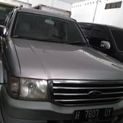 Ford Tahun 2006