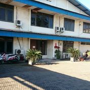 Bekas Pabrik Metal Di Raya Margomulyo Indah