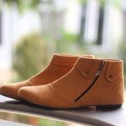 Sepatu Boot Wanita Cokelat/Krem Korea