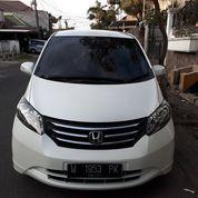 Honda Freed PSD E Pmk 2011 AC Digital Spt Baru Istimewa Lengkap