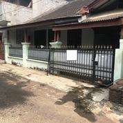 Rumah Hitung Tanah Dalam Komplek Di Jatiwaringin Pondok Gede