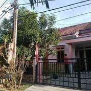Rumah 1,5 Lantai Dalam Komplek Siap Huni Di Jatiwaringin Pondok Gede