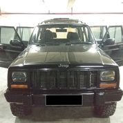Jeep Cherokee Country 4.0'L AT 4x4 AWD 1997 Black