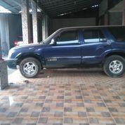 Mobil Chevrolet Blazer Montera Thn '2005