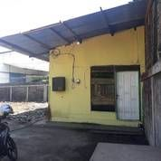 Sebidang Tanah Di Pinggir Jalan Di Pusat Kota Surabaya