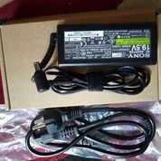Adaptor Laptop Sony Vaio 300Rb