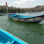 Perahu Fiberglass Kuat Dan Mudah Perawatannya