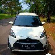 Toyota Sienta 1.5 V MT 2017 Putih KM19.37 Pajak 2019/5