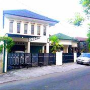 Rumah Baru Mewah Kota Dekat RS Wirosaban Luas 400an