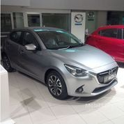 ALL NEW MAZDA 2 R AT SILVER