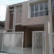 Rumah Baru Dalam Komplek Di Ampera Jakarta Selatan