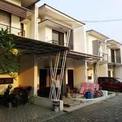 Rumah Cluster 2 Lantai Baru Jatiwaringin Pondok Gede
