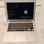 Macbook Air 13Inc Masih Segel Acc Hari Ini