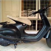 Vespa 946 Emporio Armani Limited Edition 125cc