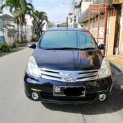 Nissan Grand Livina Ultimate 1.5 A/T 2012