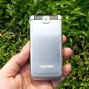 Casing Samsung S3600 Flip Fullset Plus LCD