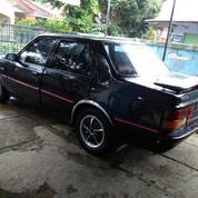 Mobil Mazda Sovereign 626 Tahun 1984
