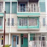 Rumah Komplek The Suites (Jalan Bakti Luhur - Kapten Muslim) Medan