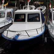Kapal Long Boat, 2 Mesin Yamaha 40 Pk Cocok Buat Mancing