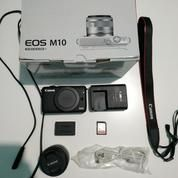 Kamera Canon Mirrorless M10 With Lens 15-45mm+Free Memory 64GB Ultra Class 10