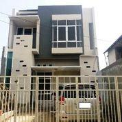Rumah 2 Lantai Siap Huni Di Jatiwaringin Pondok Gede
