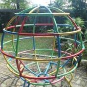 Mainan Bola Dunia Besi