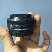 Lensa Nikkor 10mm F/2.8