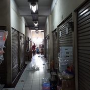 2 Kios Berdempetan Di Pejagalan Jakarta Barat