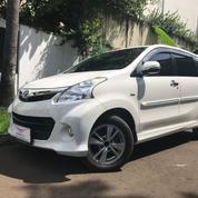 Toyota Avanza Veloz 2013 White On Black