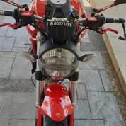 Motor Ducati Monster Moge 795
