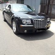Chrysler 300C V6 Pentastar 3.6L Like New