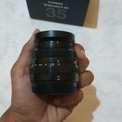 Lensa Fujifilm 35mm F2 Wr Hitam