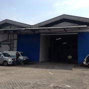 Gudang Margomulyo Dilengkapi Kantor Dan Parkiran Luas Kondisi Ready Pakai