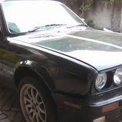 BMW E30 M40 Tahun 1990 Bahan Original