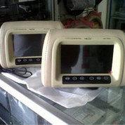 Headrest Monitor TV Ukuran 7 Inci